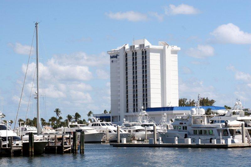 2012-03-19-palm-beach-to-biscayne-018