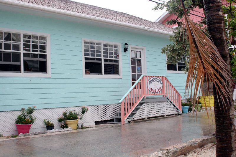 2012-05-16-new-plymouth-green-turtle-cay-019